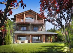Casa en La Pleta de Bolvir que disfruta de magníficas vistas al valle de la Cerdanya y las montañas.