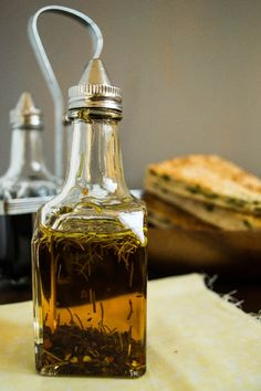 Rosemary And Red Chilli Flakes Infused Olive Oil
