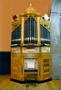 Na igreja de Santo Ildefonso, Porto, no coro alto, na parede do lado esquerdo, encontra-se instalado um órgão de tubos de autoria de MANUEL DE SÁ COUTO, datado de 1811