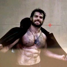 On the set of MoS. sdfgfgsdfgsdf *drooling* Henry Cavill  ~Apparently Henry's got swag.~