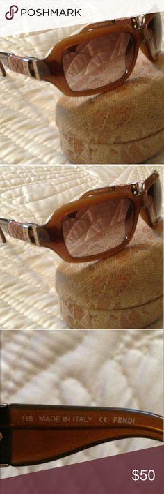 Fendi shades AUTHENTIC FENDI SHADES. Accessories Glasses
