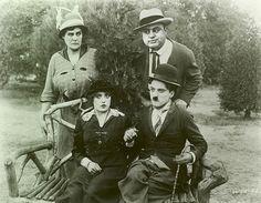 Al Capone e Charles Chaplin. Fotografia: autor desconhecido.