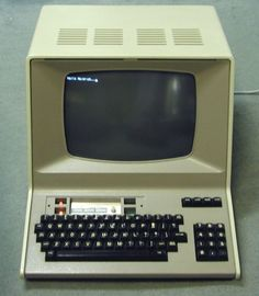 My Computer — Hazeltine 1500 terminal. Famously featured on the. Alter Computer, Home Computer, Computer Case, Computer Photo, Computer Technology, Computer Science, School Computers, Retro Arcade, Old Tv