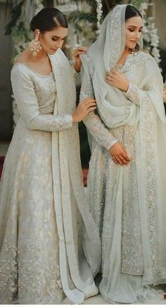 Are You Ready For Your Nikaah:- AwesomeLifestyleFashion Pakistani Formal Dresses, Pakistani Fashion Party Wear, Pakistani Wedding Outfits, Indian Bridal Outfits, Pakistani Bridal Dresses, Pakistani Wedding Dresses, Pakistani Dress Design, Nikkah Dress, Party Wear Dresses