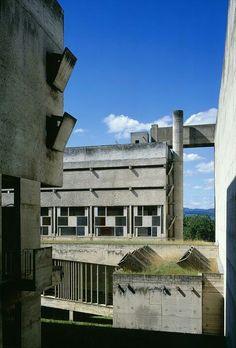 Couvent Sainte-Marie de la Tourette, Eveux-sur-l'Arbresle Photo : Olivier Martin-Gambier 2004 © FLC/ADAGP