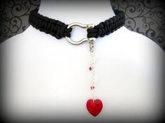 Slave Collar Choker Necklace 550 Paracord Choker by cutiepa2d, $30.00  expensive! good idea though.
