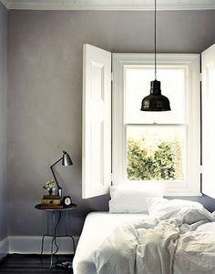 Nice colour scheme. love the blinds too