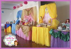 Candy bar dulce Antonella - Princesas Disney - New Ideas Princess Birthday Party Decorations, Disney Princess Birthday Party, Princess Theme Party, Birthday Party Centerpieces, Baby Girl Birthday, Frozen Birthday Party, Disney Princess Centerpieces, Geek Birthday, Birthday Crowns