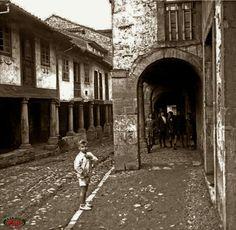 Avilés calle Rivero Asturías Asturias Spain, Paraiso Natural, Paradise, Nature, Vintage, Posters, Antique Photos, Street, Viajes