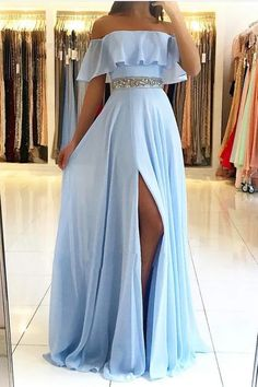 Shop long prom dresses and formal gowns for prom 2019 at Kemedress. Prom ball gowns, long evening dresses, mermaid prom dresses, long dresses for prom,body type & fashion sense. Check out selection and find the prom dress of your dreams! Pretty Prom Dresses, Chiffon Evening Dresses, Prom Dresses Blue, Cheap Prom Dresses, Ball Dresses, Sexy Dresses, Elegant Dresses, Prom Dresses Long With Sleeves, Wedding Dresses