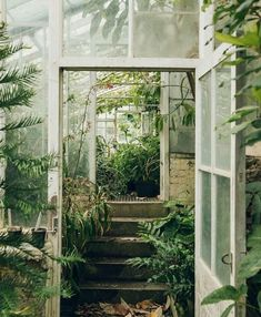 The Secret Garden . the Secret Garden . Secret Garden Design Ideas How to Create Your Own Secret The Secret Garden, Secret Gardens, Plant Aesthetic, Aesthetic Green, Aesthetic Style, Nature Aesthetic, Interior Exterior, Interior Garden, Interior Livingroom