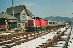 1999.03.27. in Bad Laasphe. Hier die 212-034 mit Cargoaufschrift
