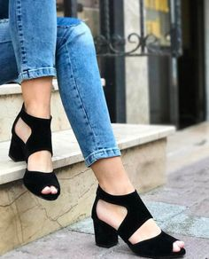Erena Model Siyah Renk Fermuarlı Topuklu Sandalet  WhatsApp Bilgi & Sipariş : 0 (541) 2244 541  www.shoemodam.com