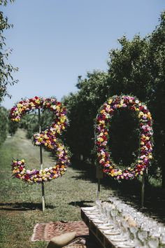 Floral numbers flower installation | Naomi's 30th Birthday | HOORAY! Mag