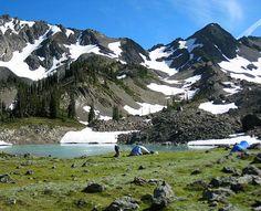 Royal Basin hiking trail