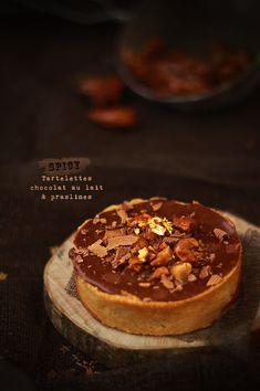 Tartelettes chocolat au lait et praslines - spicy tarts with milk chocolate and pralines - by Fraise Basilic. (Recipe)