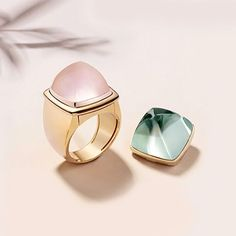 we loooove chunky... delicious geometric cabochon rings by Fred Paris #rings #jewellery  Sun-drenched stones, Pain de Sucre. #FRED #FredParis #FredJewelry #PainDeSucre #Interchangeable