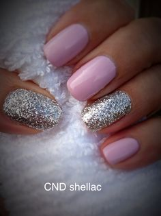 CND shellac and Lecente glitter on accent nails