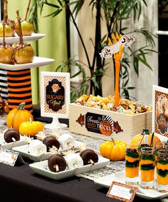 Spellbound Sweets. Cute #Halloween treat buffet from @HWTM_Jenn and #KaroSyrup (cl) #FoodieChats