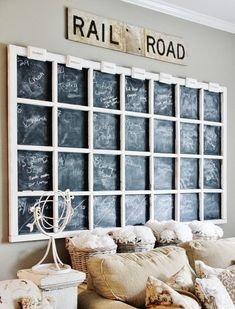 33 Charming Rustic Living Room Wall Decor Ideas for a Fabulous Relaxing Space Decor, Rustic Wall Decor Diy, Modern Farmhouse Decor, Creative Decor, Old Window Frames, Wall Decor Living Room Rustic, Barn Wood Frames, Living Room Decor Rustic, Rustic Walls