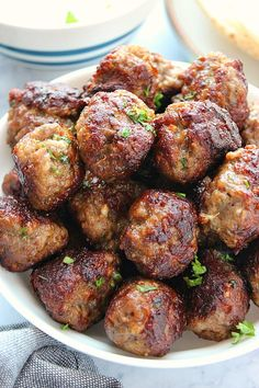 Greek Meatballs aka Keftedes are made with ground lamb (or beef, turkey, etc.) and seasoned to perfection. Serve these juicy meatballs with Tzatziki Sauce or simple tomato sauce. Meatball Recipes, Meat Recipes, Dinner Recipes, Cooking Recipes, Healthy Recipes, Meat Meals, Greek Meatballs, How To Cook Meatballs, Kitchen