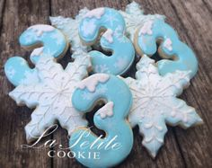 Winter ONEderland Decorated Sugar Cookies 1 by LaPetiteCookie Elsa Birthday Party, Frozen Themed Birthday Party, Frozen Birthday Party, Frozen Party, 3rd Birthday Parties, 2nd Birthday, Birthday Ideas, Snowflake Cookies, Christmas Cookies