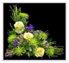 Garden Club Journal New Garden Club Journal Traditional asymmetrical triangle floral design flower arrangement Flower Arrangements Simple, Silk Floral Arrangements, Floral Centerpieces, Tall Centerpiece, Wedding Centerpieces, Arte Floral, Deco Floral, Church Flowers, Flower Bouquet Wedding