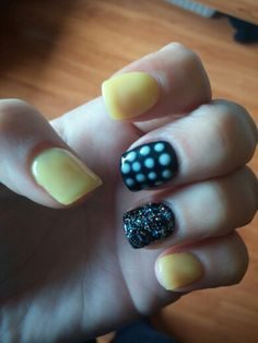 new nails - yellow and black