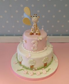Sophie Giraffe themed birthday cake for Coco's 3rd birthday! www.vintagehousebakery.co.uk