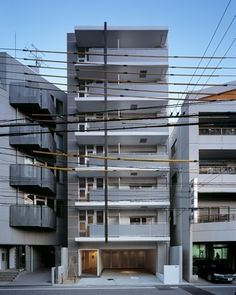 Japan Apartment, Facade Architecture, Condominium, Small Apartments, Building Design, Entrance, Minimalism, Multi Story Building, Japan Style