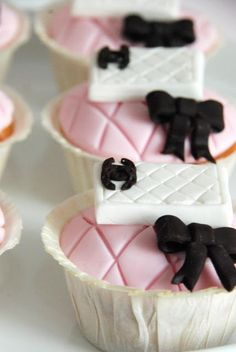 Chanel and Bow Cupcakes - Pink/White