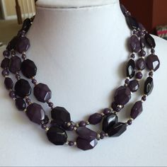 """Nwot Premier designs """"Grapevine"""" necklace Nwot.  Grape colored acrylic beaded statement necklace. 16-18"""" Premier designs Jewelry Necklaces"""