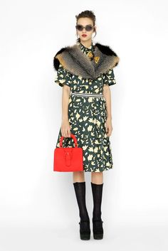 Marni Pre-Fall 2012 Fashion Show - Magda Laguinge