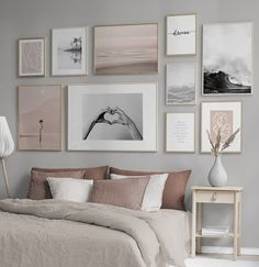 Furnishing ideas and inspiration Art & Living Ideas - Desenio.de - Furnishing ideas and inspiration Art & Living Ideas – Desenio. Gallery Wall Bedroom, Gallery Wall Layout, Gallery Walls, Pictures For Bedroom Walls, Living Room Wall Decor, Bedroom Wall Art Above Bed, Artwork Above Bed, Travel Gallery Wall, Modern Gallery Wall