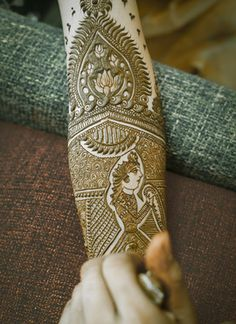 Mehendi Designs - Beautiful Bridal Mehendi with face designs and intricate work…