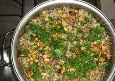 Feijão+Tropeiro+com+feijão+de+corda+(fradinho)+:+Ingredientes    500+gramas+de+feijão+fradinho+-+escolhido,+lavado+e+cozido+al+dente+com+um+tablete+de+caldo+de+legumes  200+gramas+de+farinha+de+mandioca+torrada  500+gramas+de+carne+seca+desfiada+(que+foi+dessalgada+por+24+horas,+cozida+na+panela+de+pressão+por+40+minutos+e+desfiada)  1+lingüiça+paio+defumada+cortada+em+cubinho  2+linguiças+calabresa+fina+defumada+cortada+em+rodelas  150+gramas+de+ba