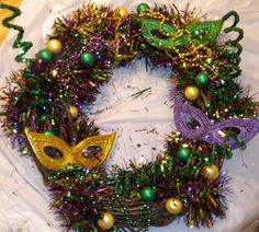 cool Mardi Gras wreath