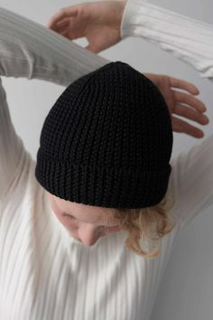 This item is made of Italian Merino wool. It was manufactured in Poland by a knitwear manufacturer with long tradition. The yarn has a Oeko-Tex ® Standard 100 certificate. Braided Waves, Beanie Hats, Poland, Merino Wool, Certificate, Knitwear, Traditional, Black, Fashion