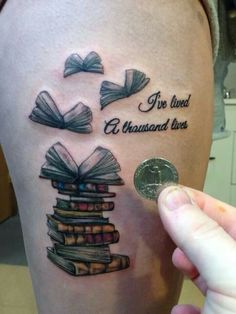 Are you a book lover and a tattoo enthusiast? These book tattoos displayed in the gallery are among some of the best book tattoo designs ever inked! Arm Tattoo, Tattoo Life, Get A Tattoo, Chic Tattoo, Tattoo Goo, Flying Tattoo, Tiny Tattoo, Tattoo Fonts, Neue Tattoos