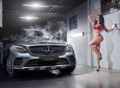 For decades, a sales technique at auto shows employs female models attired in tight dresses or miniskirts wearing uncomfortable heels, smiling and posing enchantingly. Mercedes Benz Models, Mercedes Maybach, Classy Cars, Sexy Cars, Car Poses, High Performance Cars, Pin Up, Futuristic Cars, Top Cars