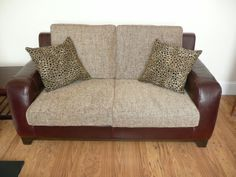 contrast cushion and sofa   make cushions and cushion covers for all shapes and sizes of sofa ...