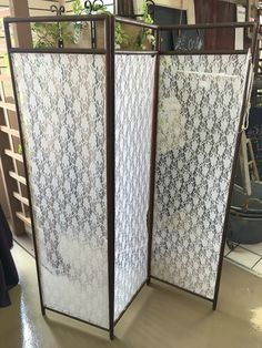 Lace Accent Divider. Contact ABC Rentals Special Events to rent items for your wedding or special event. #SiouxFallsWedding #DessertTable