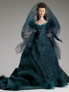 """Gone With the Wind ~ 16"""" SCARLETT O'HARA DOLL IN GREEN SHAME GOWN~ BY: TONNER  #Dolls"""