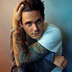 John Mayer sp/so John Mayer Tattoo, Tyson Beckford, John Clayton, Dead And Company, Stevie Ray Vaughan, Dear John, Types Of Fashion Styles, Style Guides, Beautiful Men