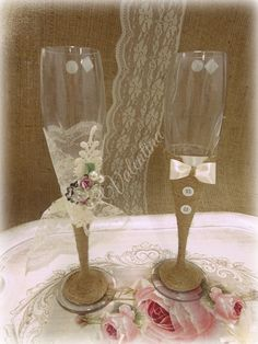 Κρυστάλλινα ποτήρια Σαμπάνιας Γαμπρός - Νύφη!!! Wedding Glasses, Flute, Champagne, Tableware, Breakfast Nook, Dinnerware, Flutes, Dishes, Tin Whistle