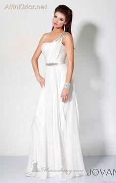 Beyaz renk abiye modelleri #abiye #kadın #moda #trend