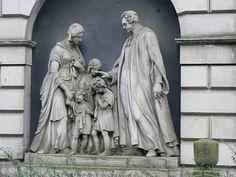 Tomb monument Edinburgh