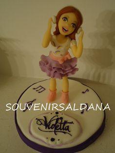 #mivestodavioletta violetta