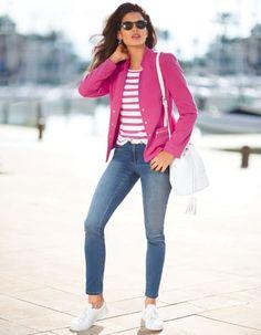 Jersey blazer, Jumper, Sunglasses, Trainers, Shoulder bag, Belt