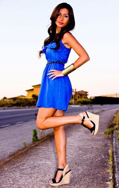 Love the dress and the shoes<3  Although I need to be just a tad bit tanner;)
